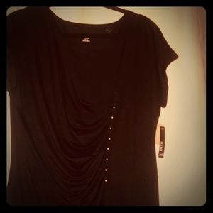Asymmetric black T-shirt with button details